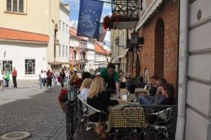 Obowiązkowy przystanek w trakcie zwiedzania – degustacja znakomitych specjałów kuchni litewskiej.